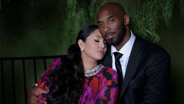 Vanessa y Kobe Bryant - Sputnik Mundo