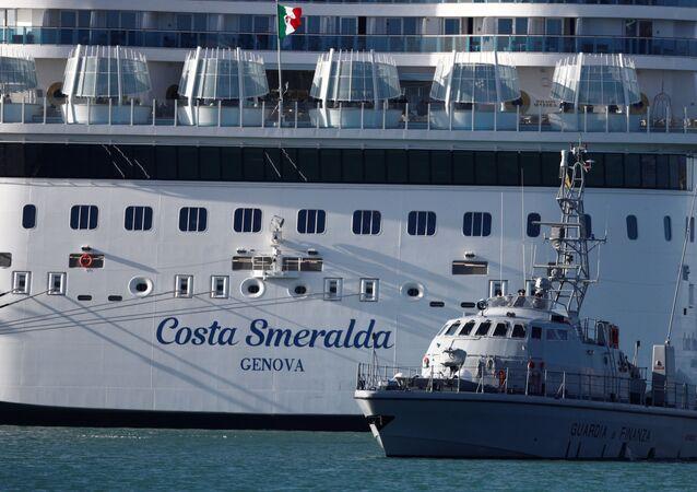 El crucero Costa Smeralda