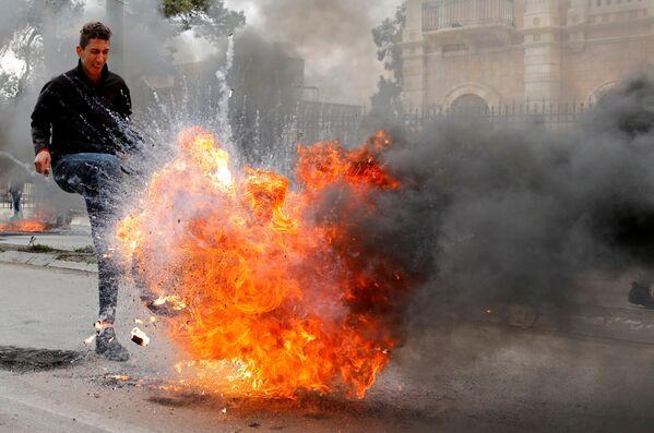 Coronavirus y protestas: las fotos más impactantes de la semana - Sputnik Mundo
