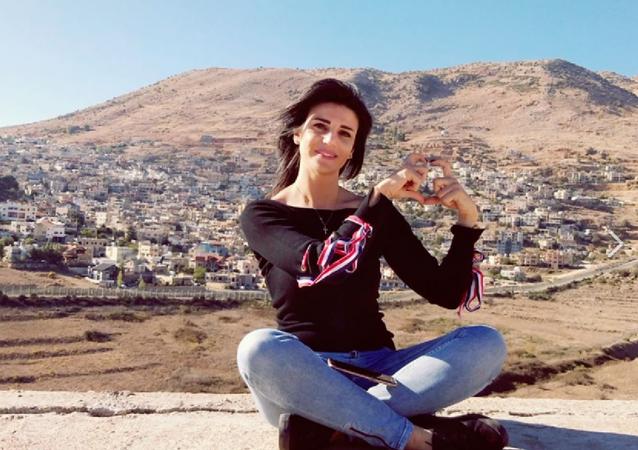 Wafa Shabrouney, corresponsal del canal televisivo RT en Siria