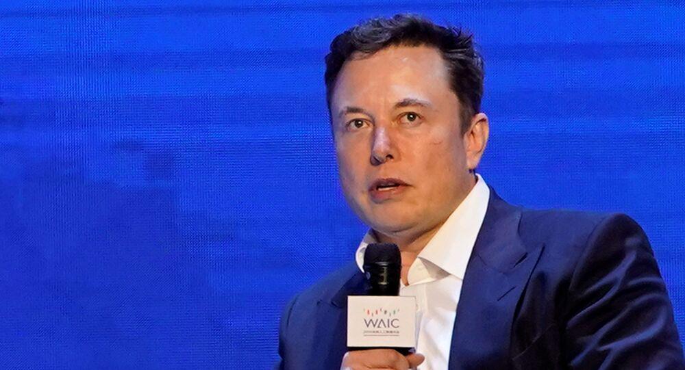 Elon Musk, director general de Tesla