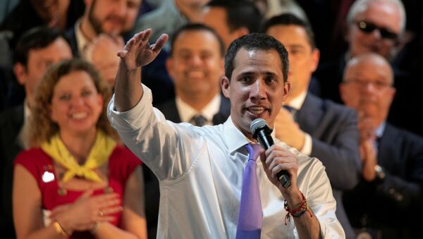 Juan Guaidó, líder de la oposición venezolana, habla a venezolanos en el Miami Airport Convention Center (EEUU) - Sputnik Mundo