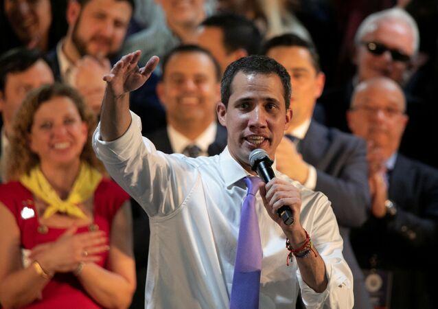 Juan Guaidó, líder de la oposición venezolana, habla a venezolanos en el Miami Airport Convention Center (EEUU)