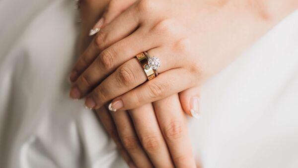 Las manos de una novia (archivo) - Sputnik Mundo