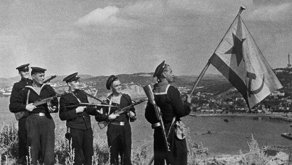 Los marines soviéticos en Port Arthur en octubre de 1945 - Sputnik Mundo
