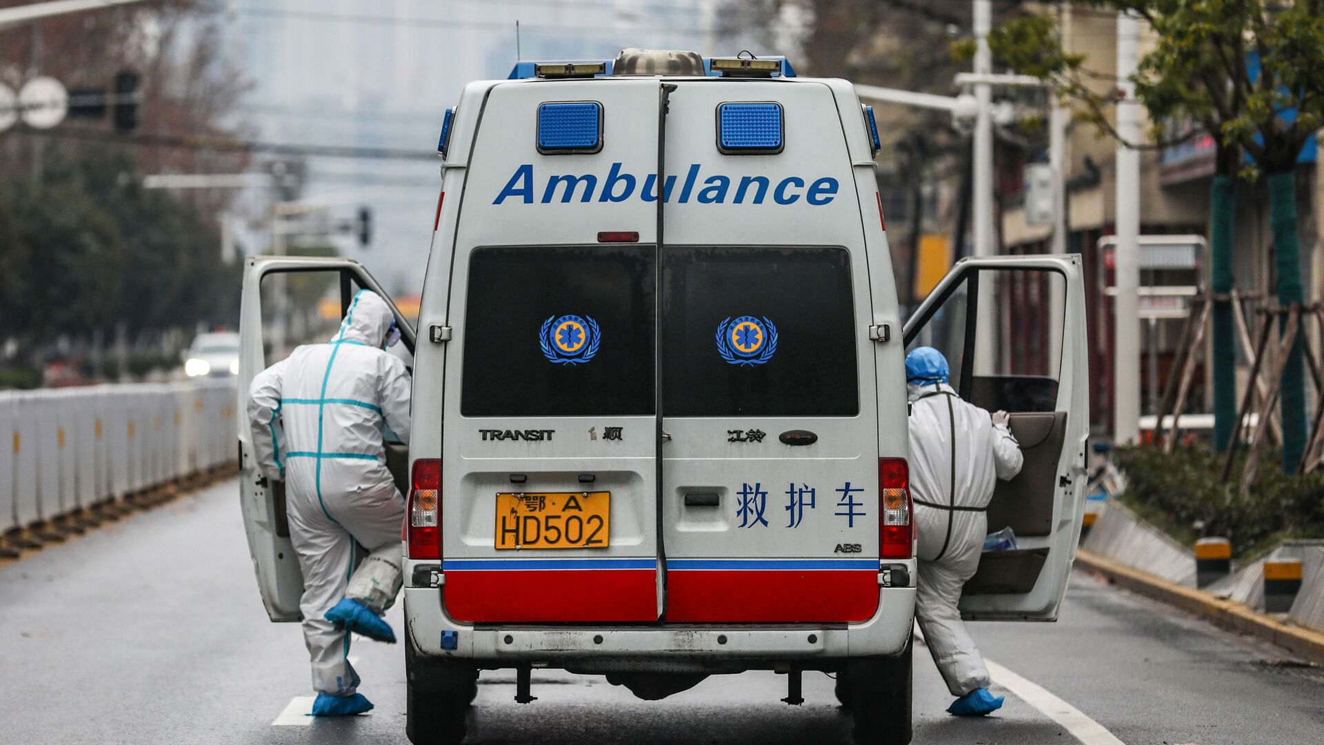 Ambulancia en Wuhan, China - Sputnik Mundo, 1920, 23.04.2021