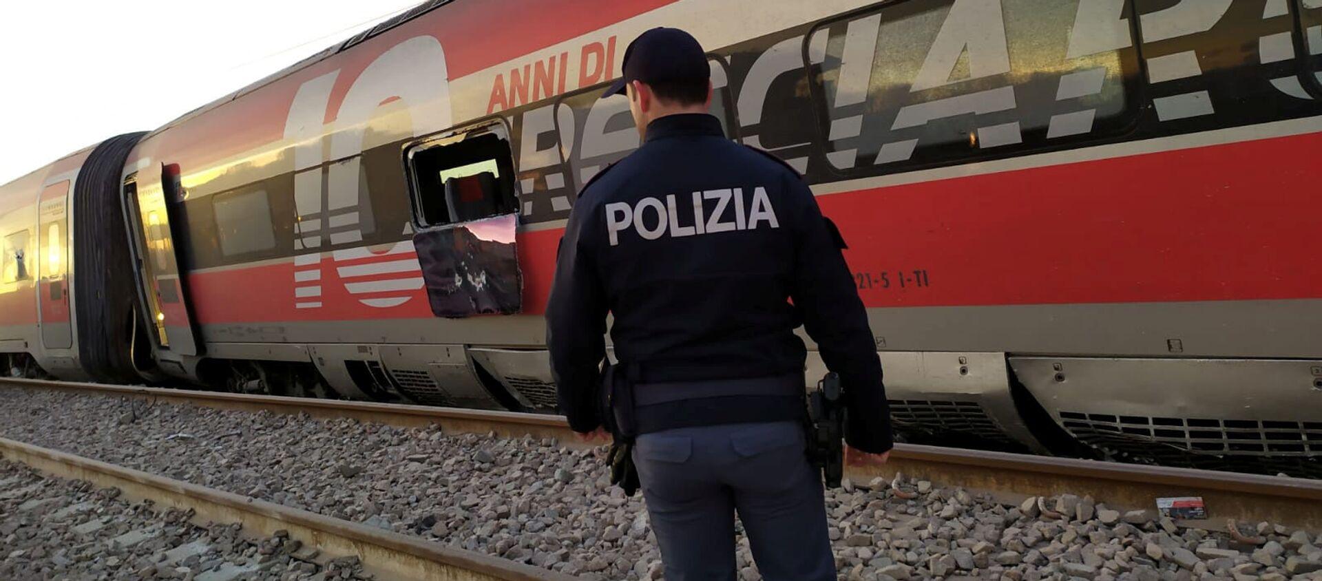Tren descarrilado en Italia - Sputnik Mundo, 1920, 06.02.2020