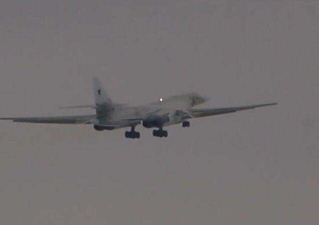 Publican el vídeo del primer vuelo del Tu-160M modernizado de Rusia