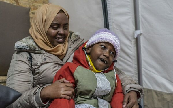 Médicos Sin Fronteras reclama que niños con enfermedades graves sean trasladados - Sputnik Mundo