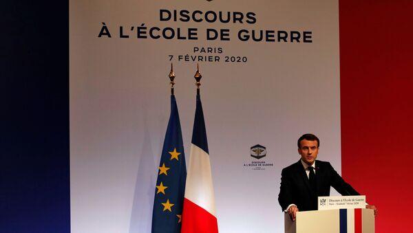 Emmanuel Macron, el presidente de Francia - Sputnik Mundo