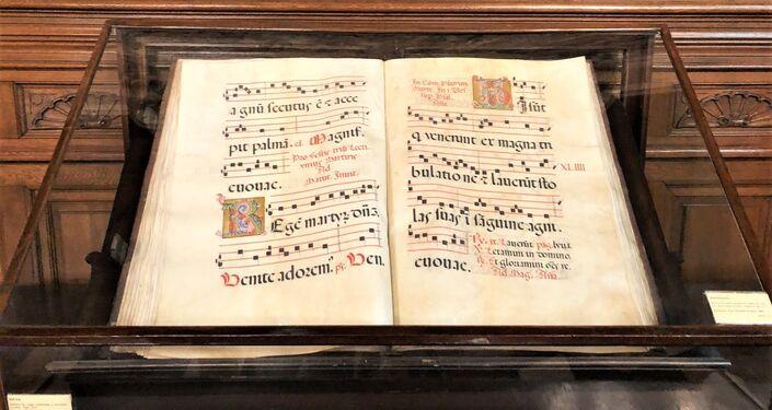 Libro en exhibición