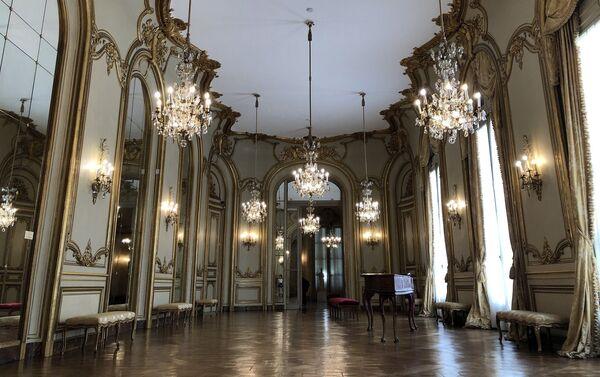 Salón de Baile del Museo Nacional de Arte Decorativo - Sputnik Mundo