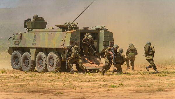 Infantería de Brasil en operación militar - Sputnik Mundo