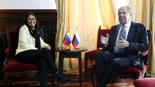Delcy Rodríguez, vicepresidenta de Venezuela, y Serguéi Lavrov, canciller de Rusia - Sputnik Mundo