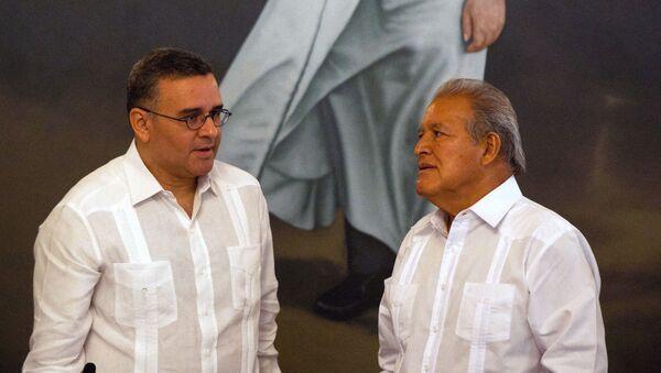 Mauricio Funes y Salvador Sánchez Cerén, expresidentes de El Salvador - Sputnik Mundo