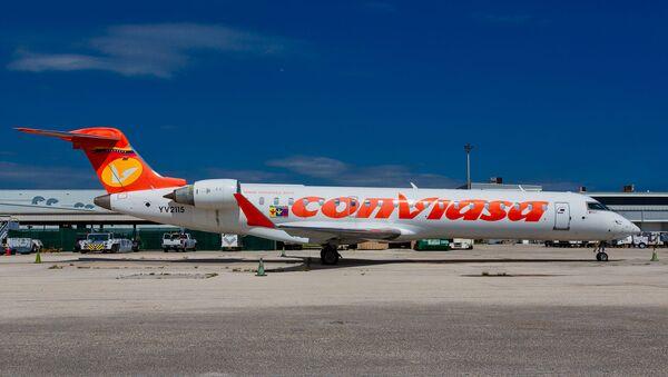 Un avión de la compañía aérea venezolana Conviasa (imagen referencial) - Sputnik Mundo