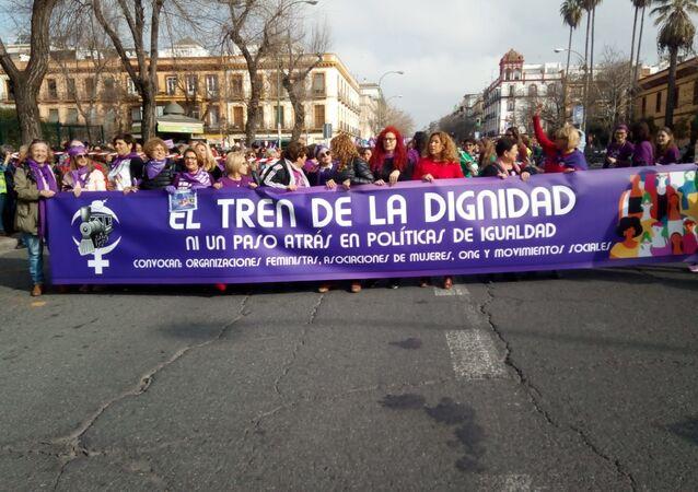 Manifestación 'Tren de la Dignidad' en Sevilla