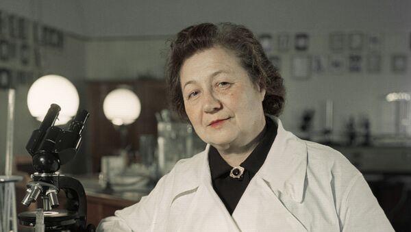 Zinaída Iermólieva, médica soviética especializada en microbiología y epidemiología - Sputnik Mundo