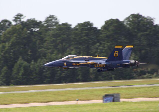 Una aeronave Blue Angels de la Armada de los EEUU