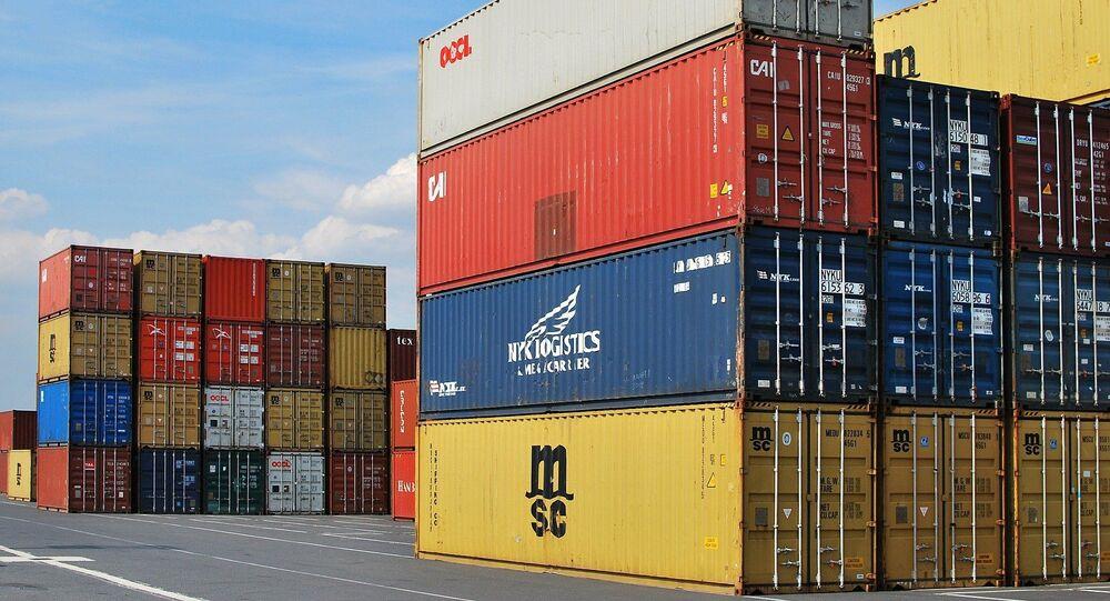 Contenedores de mercancías (imagen referencial)
