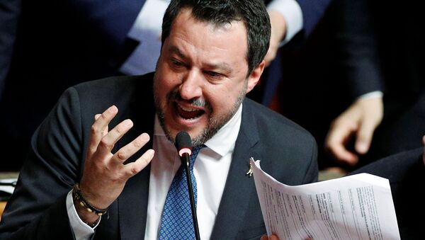 Matteo Salvini, líder del partido italiano Liga - Sputnik Mundo