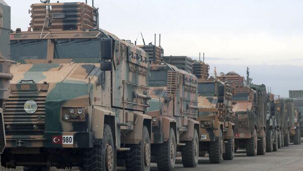 Blindados militares turcos cerca de Idlib, Siria - Sputnik Mundo