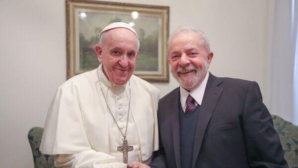 El papa Francisco y expresidente brasileño Luiz Inácio Lula da Silva - Sputnik Mundo