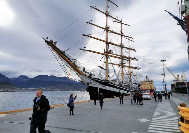 El velero Pallada es el más rápido del mundo