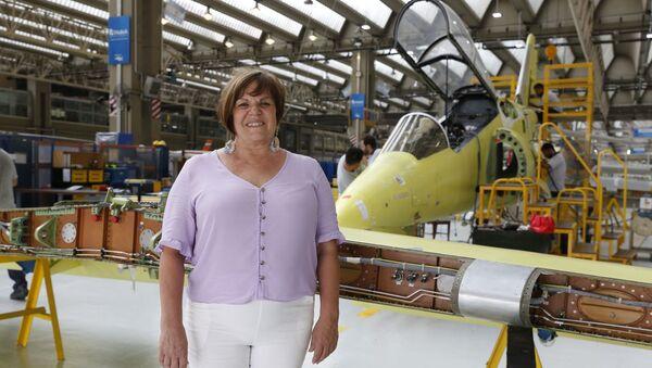 Mirta Iriondo, primera mujer a la cabeza de la Fabrica Argentina de Aviones - Sputnik Mundo