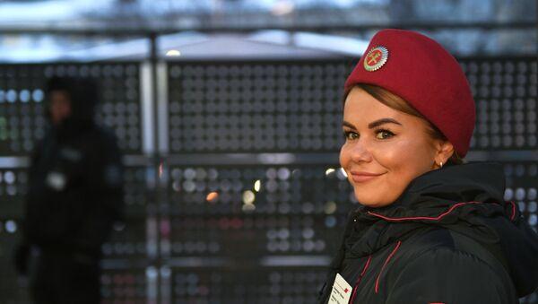 Una empleada del RZD, el gigante ferroviario ruso - Sputnik Mundo