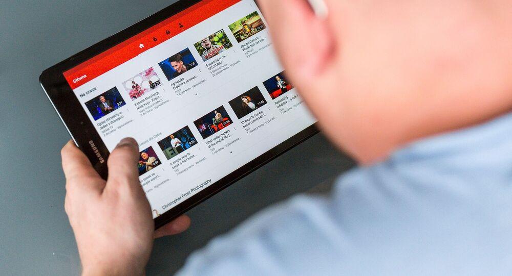 Un usuario de YouTube, imagen referencial
