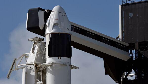 La nave espacial Crew Dragon - Sputnik Mundo