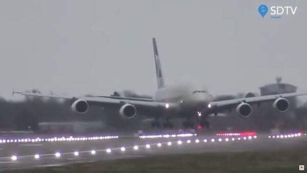 Airbus A380 de la aerolínea Etihad  - Sputnik Mundo