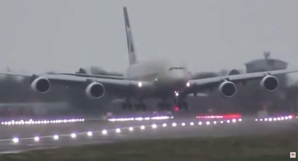 Airbus A380 de la aerolínea Etihad
