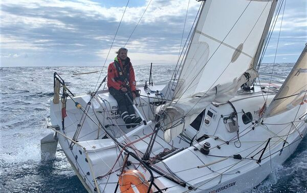 Federico Waksman, velerista uruguayo que participará en la Mini Transat  - Sputnik Mundo
