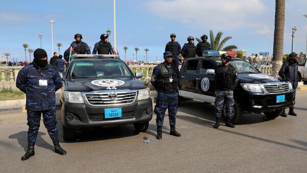 Las fuerzas de seguridad en Trípoli - Sputnik Mundo
