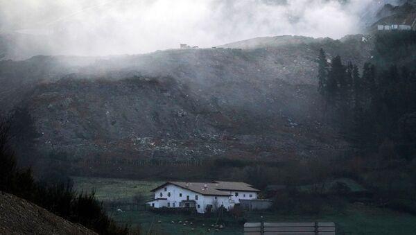 Vista del vertedero de Zaldívar, en el País Vasco - Sputnik Mundo