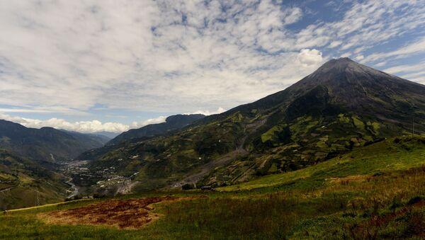 El volcán Tungurahua, Ecuador - Sputnik Mundo