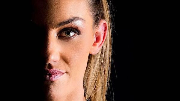 Leah McCourt, luchadora de MMA - Sputnik Mundo