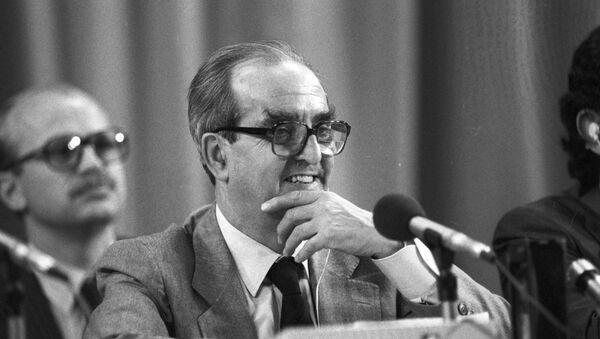 Fernando Morán, el exministro de Exteriores de España - Sputnik Mundo