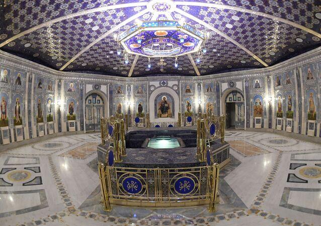 El piso inferior de la catedral de las FFAA de Rusia