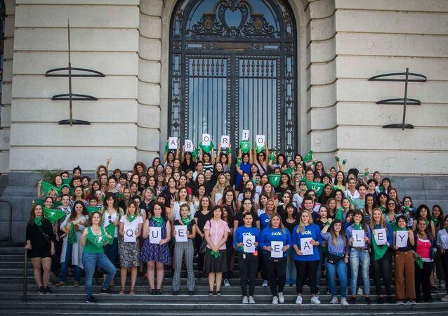 Protestas en Argentina por la legalización del aborto