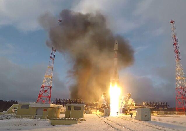 El cohete con satélite militar despega desde el cosmódromo de Plesetsk (archivo)