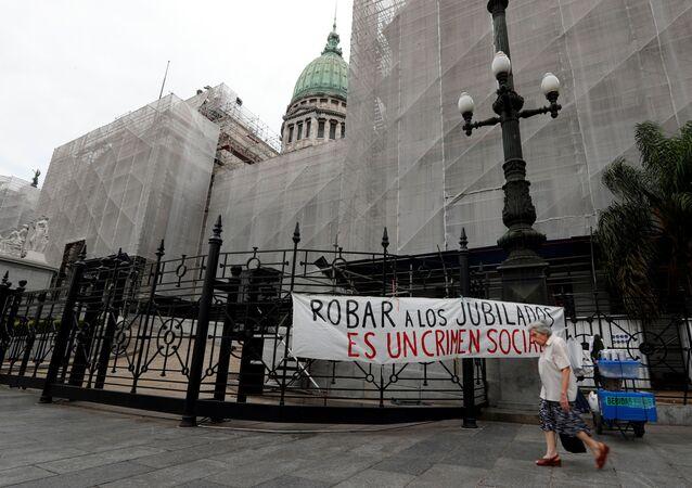 Reclamo por la situación de los jubilados en Argentina