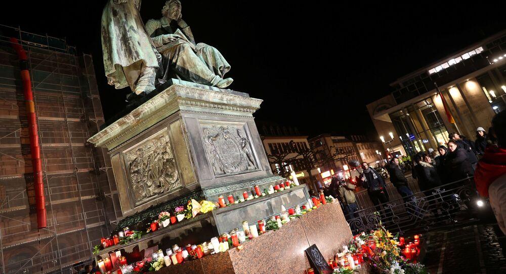 Velas en homenaje a las víctimas del tiroteo en Hanau