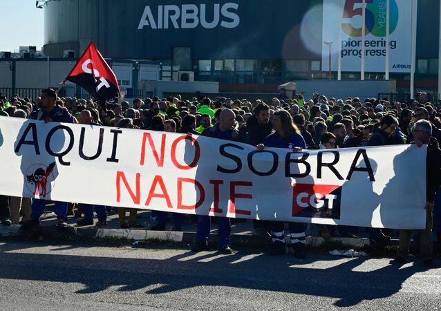Trabajadores de Airbus se manifiestan en Getafe
