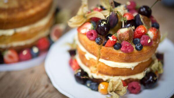 Un pastel de cumpleaños, imagen referencial - Sputnik Mundo