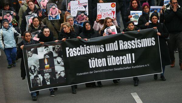 Una protesta contra extremismo en Hanau - Sputnik Mundo
