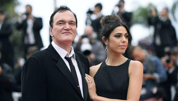 El director Quentin Tarantino junto a su esposa, Daniella Pick - Sputnik Mundo