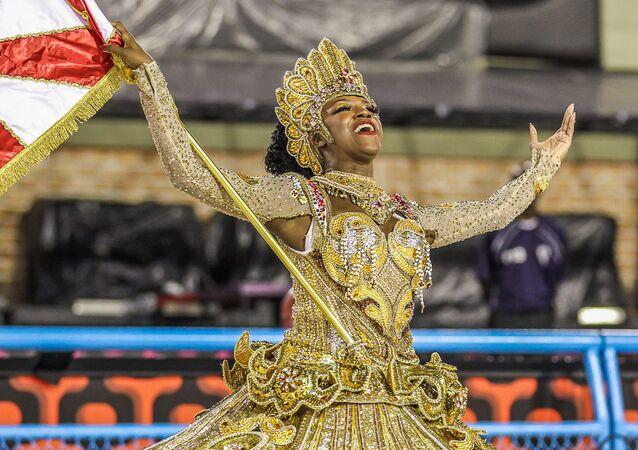 Así fue el primer día del espectacular carnaval de Río de Janeiro